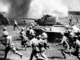 Встреча в школьном музее с участником битвы на Курской дуге Николаевым В. Ф
